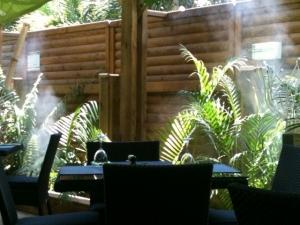 brumifrais-cafe-hotel-restaurant (5)
